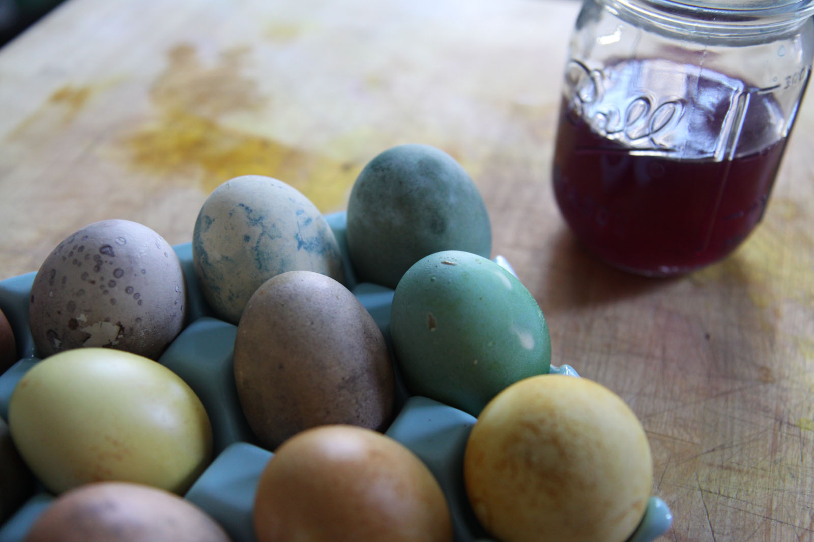 naturally dyed easter eggs - david the tornado